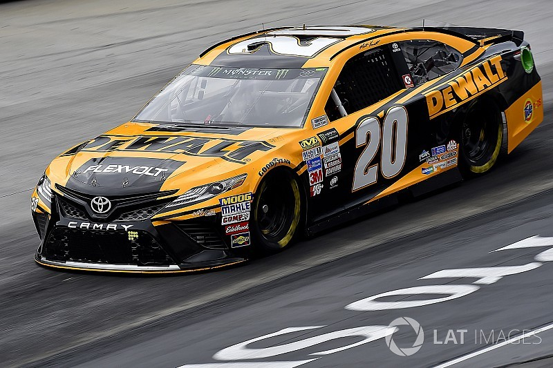 Kenseth takes Stage 2 win at Bristol