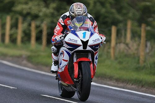McGuinness, gamba rotta alla North West 200