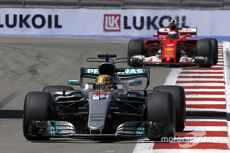 "Hamilton expects ""a real race""with Ferrari at Sochi"