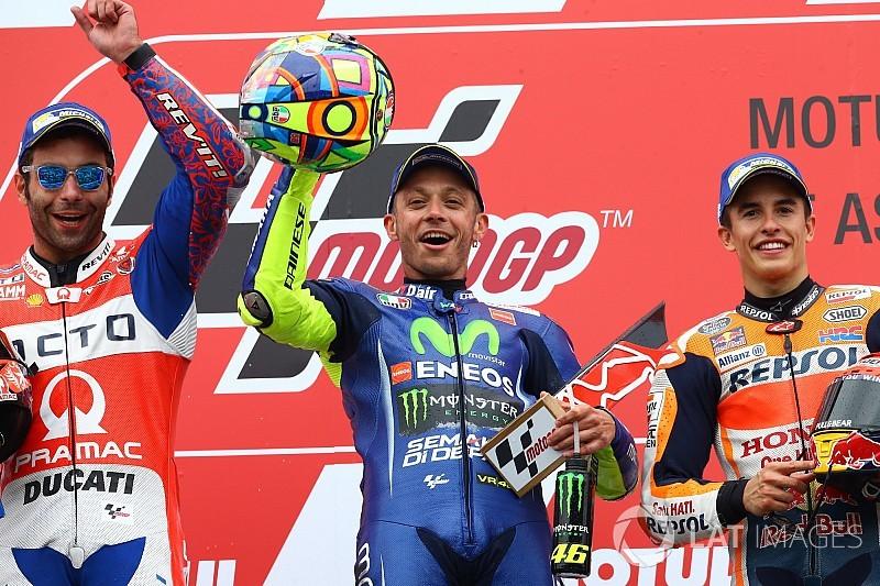 Valentino Rossi imparte cátedra y se impone en Assen