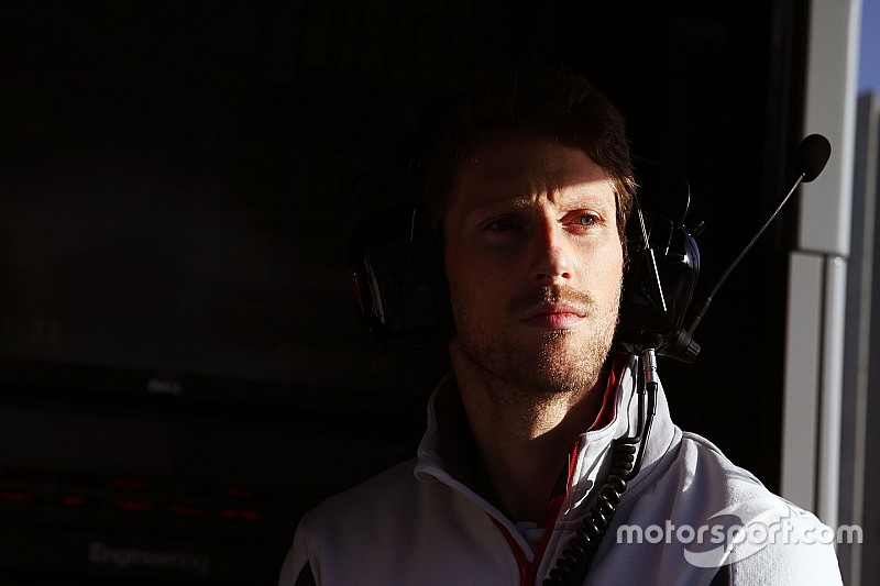 "F1 social media approach ""narrow-minded"" – Grosjean"