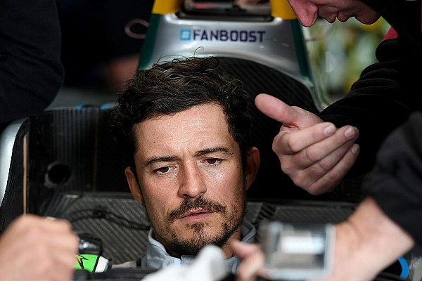 Формула E Орландо Блум разбил в Марракеше машину Формулы Е