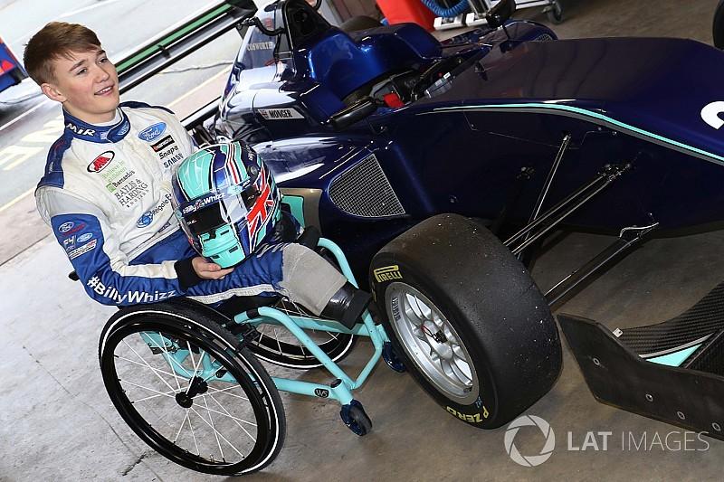 Formel-3-Test: Billy Monger nach Unfall zurück im Formelauto