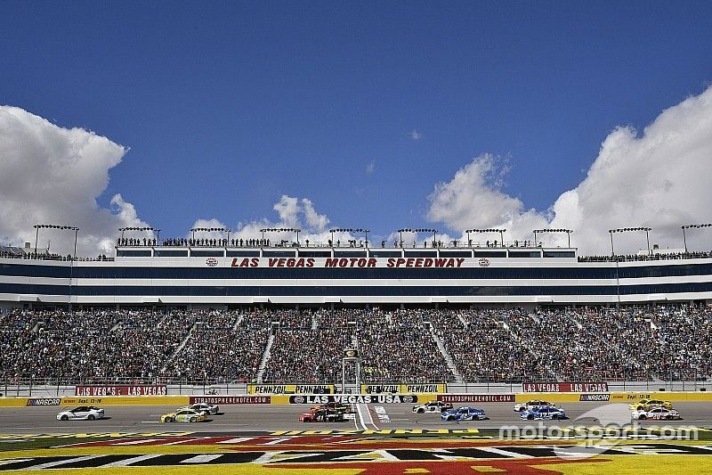 NASCAR Roundtable: The playoffs begin in Las Vegas