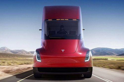 «Самый быстрый грузовик в мире» опоздает на 2 года