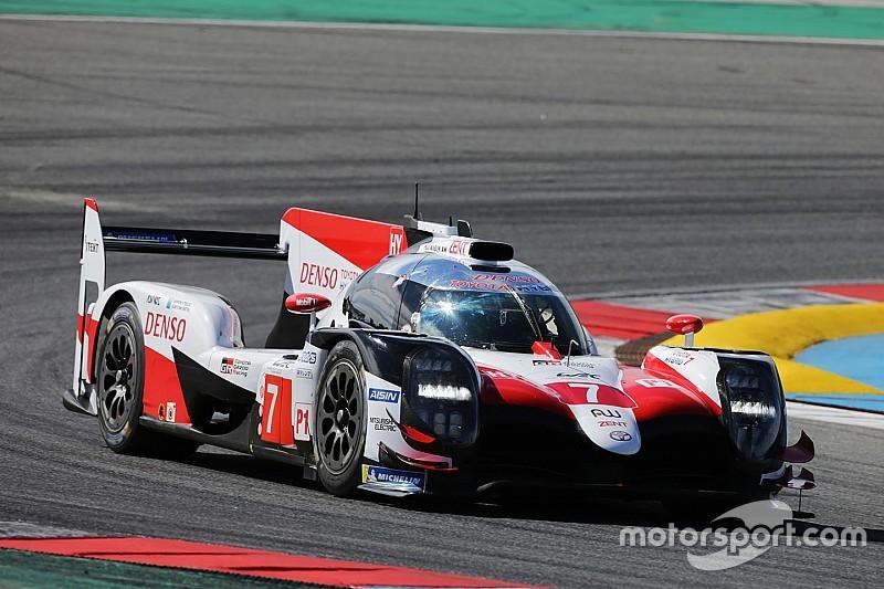 In beeld: Alonso test de Toyota LMP1 voor 2018