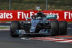 Bottas dikenai penalti 10 detik setelah menabrak Ricciardo