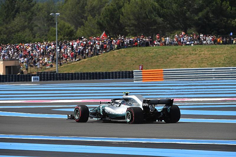 Kiderült, mekkora kárt okozott Bottas Mercedesében a rajtbaleset