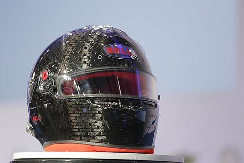 FIA onthult nieuwe verplichte helm voor Formule 1