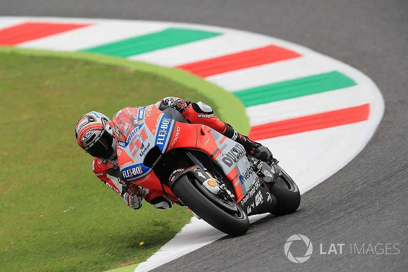 Тренировку MotoGP прервали из-за серьезной аварии тест-пилота Ducati