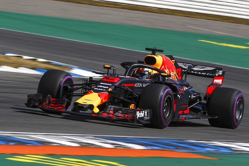 """Ricciardo: """"Lange runs waren goed, maar kunnen nog beter"""""""