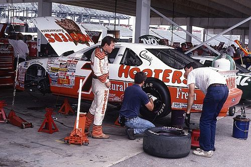 Remembering Alan Kulwicki: NASCAR's tragic maverick champion