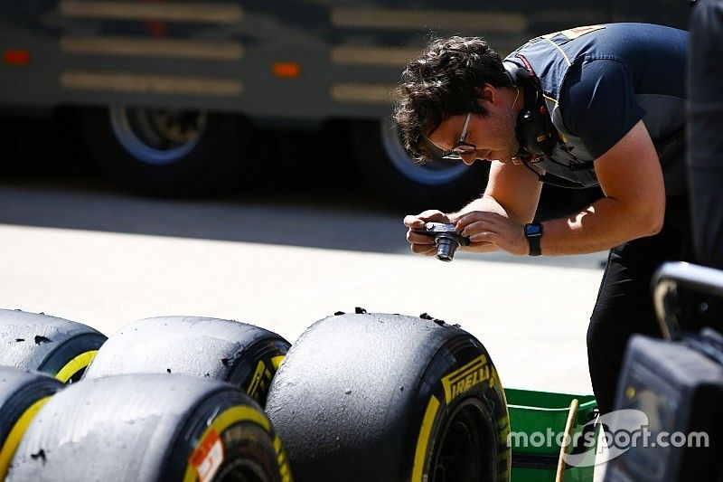 Pirelli siente curiosidad por el nuevo asfalto de Silverstone