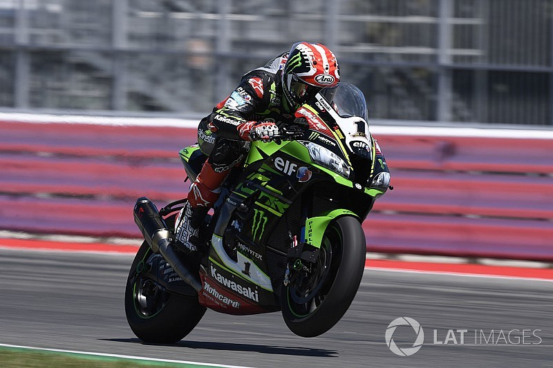 Course 1 - Rea invincible à Misano, Davies et Laverty sur le podium