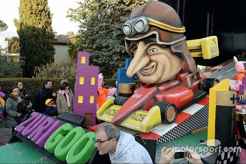 In canton Ticino la F.E diventa un... carro allegorico