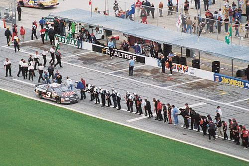 Larry McReynolds reflects on Dale Earnhardt's historic Daytona 500 win