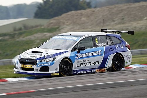 Oulton Park BTCC: Turkington takes Subaru's first pole