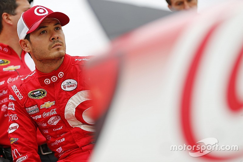 Kyle Larson tops first Cup practice at Dover