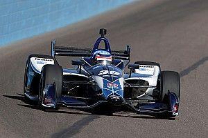 Sato lidera la tercera sesión de prácticas en Phoenix
