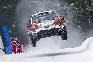 Svezia, PS15: Tanak regala a Toyota la vittoria di speciale