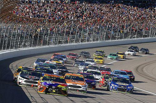 NASCAR Highlights: We aren't in 'Dega anymore: Kansas rearview mirror