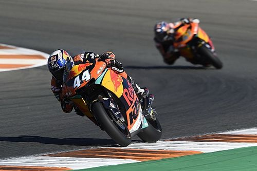 Valencia Moto2: Oliveira beats Morbidelli for third straight win