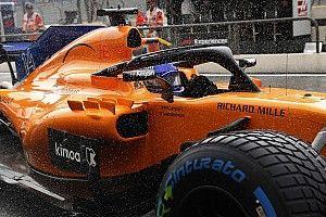 Дождь и тучи: лучшие фото субботы на Гран При Франции