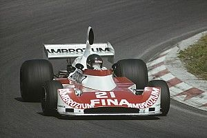 10 F1-es pilóta egy év alatt Frank Williams rekordja