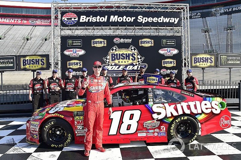 Brothers Kyle and Kurt Busch claim front row for Bristol Cup race