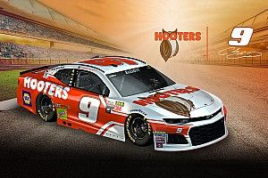 Hooters revela el diseño del auto de Chase Elliott para 2018