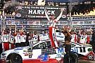 NASCAR Cup Harvick vence no Texas e se garante na final da NASCAR