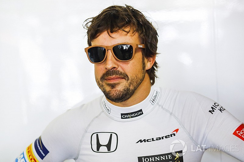 """مكلارين تؤكّد صعوبة جمع ألونسو بين الفورمولا واحد و""""دبليو إي سي"""" في 2018"""