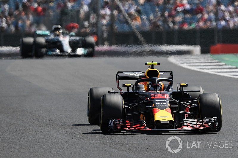 "Verstappen: ""Tragic"" speed deficit like racing in different series"