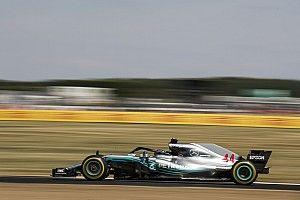 Hamilton bate por la mínima a Raikkonen en los libres 3 de Silverstone