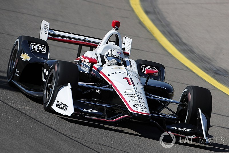 Iowa IndyCar: Newgarden leads final practice, Pagenaud blows engine
