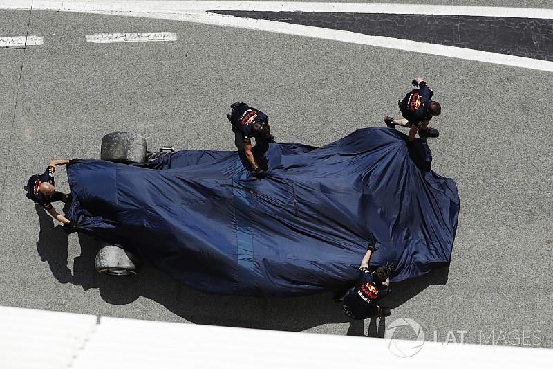 Videón Ricciardo kicsúszása