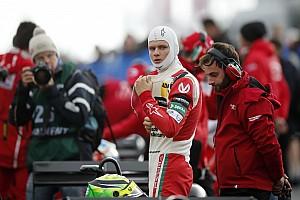 Євро Ф3 Важливі новини Інженер Міхаеля Шумахера працює з його сином у Формулі 3