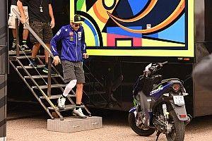 """Rossi risponde ai social: """"Infortunio inventato? Vi faccio vedere le lastre!"""""""