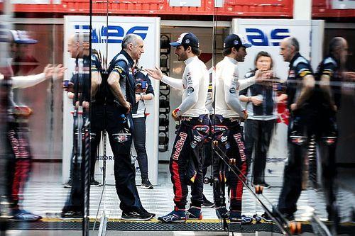 """Tost baalt van uitspraken Sainz: """"Red Bull bepaalt zijn toekomst"""""""