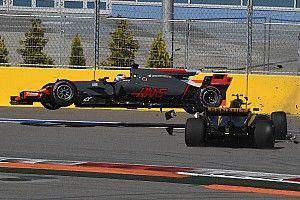 """Palmer: Grosjean should've """"used his brain"""" in Russian GP start"""