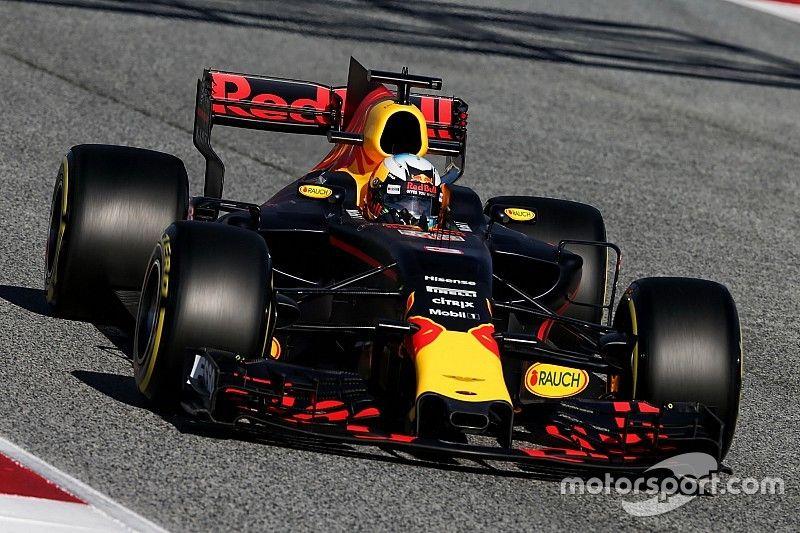 "Red Bull ""starting to come alive"", says Ricciardo"