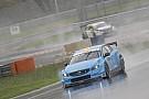 WTCC La lluvia obligó a suspender la 2° carrera; Girolami declarado ganador