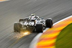 Mercedes pilotları, Belçika'da yeni motorla yarışıyor