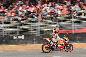 Thailand MotoGP: Marquez prevails in last-lap Dovizioso duel