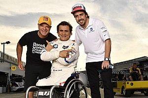 Wie Alex Zanardi Fernando Alonso die Show stahl