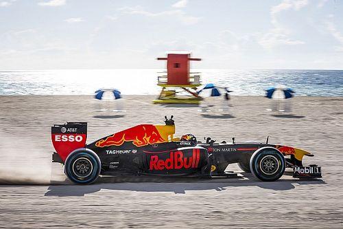 VÍDEO: Veja a aventura de Verstappen com a Red Bull nos EUA