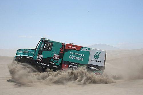 """Dakar, van den Heuvel spiega: """"Supporto De Rooy"""". L'Iveco prepara l'attacco ai Kamaz"""