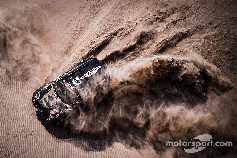 Alex Haro, cinco jornadas de Dakar con dos costillas rotas