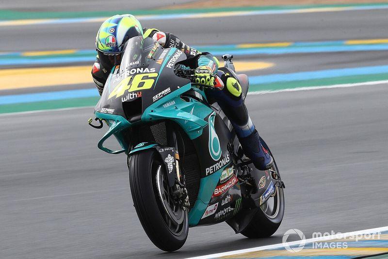 """Rossi, motosiklet değişiminin yapıldığı """"tehlikeli"""" yarışları sevmiyor"""