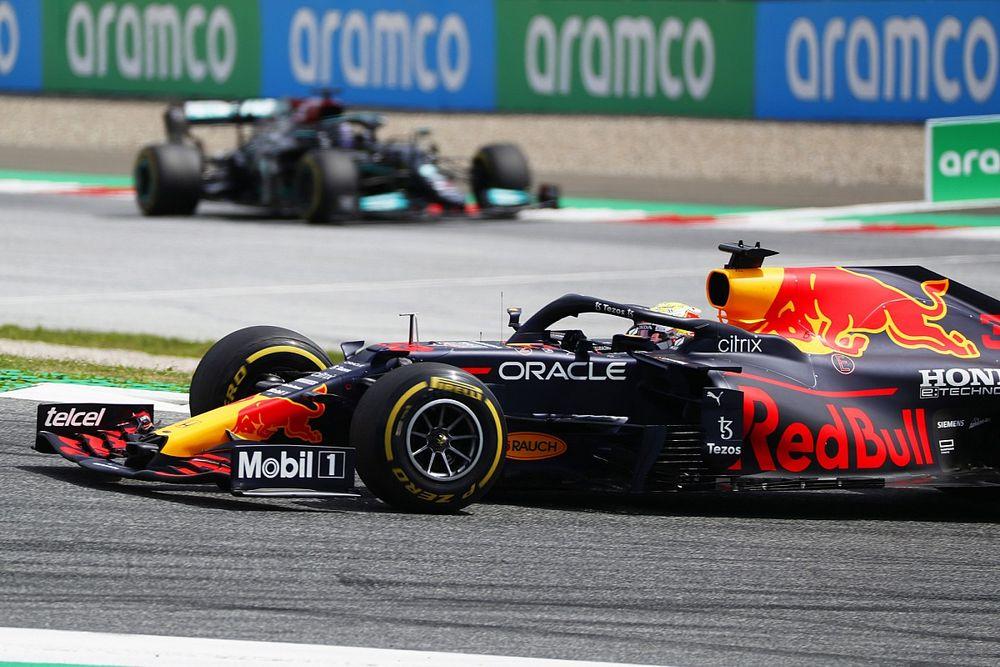 F1, GP Stiria: Verstappen le suona ad Hamilton